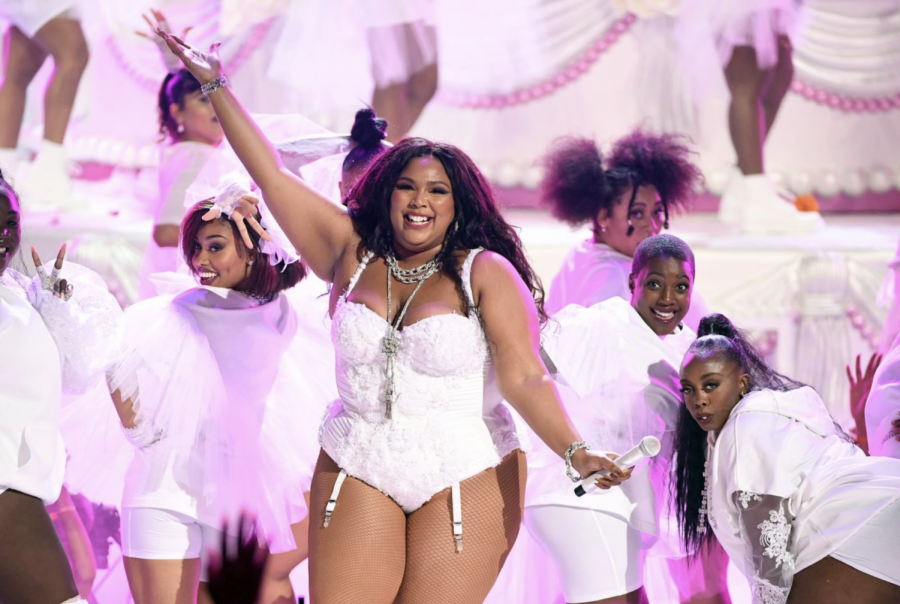 Lizzo Tops the Pop Charts for the Fourth Week in a Row